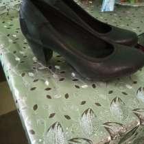 Продам туфли на подростка, в Твери