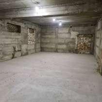 Продается цокольный этаж в 5 этажном доме, в г.Бишкек
