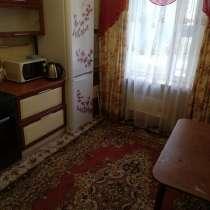 Сдается двухкомнатная квартира в деревянном исполнении, в Нягани