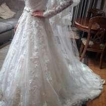 Продам Новое Свадебное Платье с Фатой, в г.Костанай