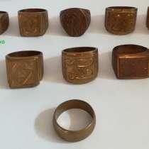 Кольца-печатки медные, 10 разных, в Новосибирске