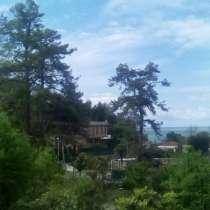 Отдых с видом на море, до него 5 минут пешком, в г.Сухум