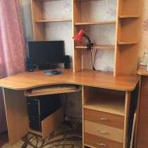 Продам стол компьютерный, в Балахне