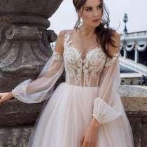 Продам платье, в Комсомольске-на-Амуре