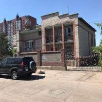 Продам коттедж в центре города, в г.Астана