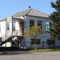 Продажа двухэтажного дома в центре города Поти, в г.Поти