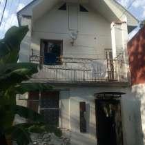 Продаётся 2-х этажный домик в километре от моря, в Туапсе
