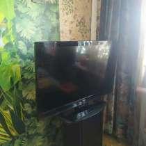 Продам срочно Телевизор ЖК 42 дюйма LG 42CS560 106 см Х 62 с, в г.Киев