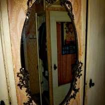 Продам зеркало в металлической ковке, в г.Одесса