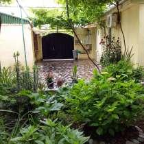 Продаётся дом в центре в Тбилиси, в г.Тбилиси