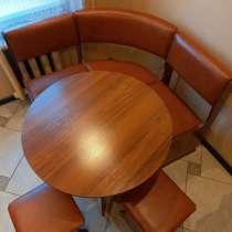 Уголок кухонный. Стол, уголок, стулья, в г.Минск