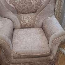 Диван+кресло, в Пятигорске