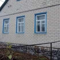 Продам дом, 73 м. Деревянный очень тёплый, обложенный кирпич, в г.Кременная