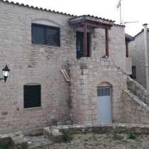 Хания, Кунупидиана, Мезонет 130 кв. м., на уч.200 кв. м, в г.Ханья