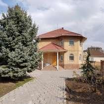Сдаю Дом 270м², на длительный срок 1300$ участок 10 соток Б, в г.Бишкек