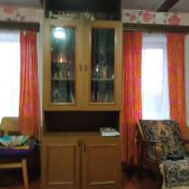 Шкафы и стол, в Пскове