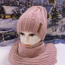 Шапки и шарфы разных цветов, в Красногорске