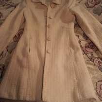 Отдам пальто весна-осень. Размер S, в Бузулуке