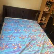 Каркас кровати + наматрасник, в Мытищи