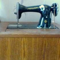 Продам швейные машинки, кровать, в г.Горловка