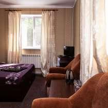 Недорогой номер полулюкс в гостинице Барнаула, в Барнауле