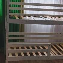 Отдам бесплатно бу кровать этажную для мальчика и девочки, в г.Дрезден