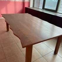 Деревянный стол, в г.Алматы