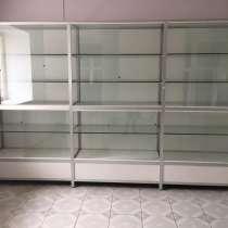 Продам торговые стеклянные витрины с алюминиевого профиля, в г.Запорожье