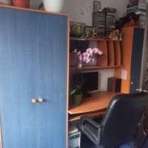 Продам б/у подростковую стенку, в г.Киев