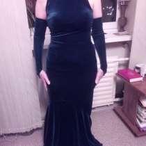 Велюровое платье новое 42-44, в Самаре