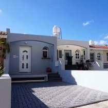 Смежный дом в Пафосе-Кипр, в Москве
