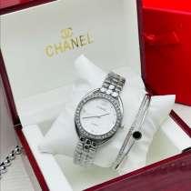 Безупречные Часы с браслетом,в коробке, и пакетом в комплект, в Москве