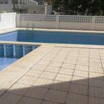 Продается квартира в резиденции с бассейном в Бенидроме, в г.Бенидорм