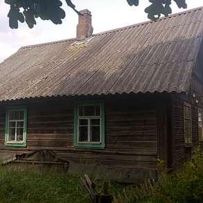 Домик с банькой без соседей, 90 соток земли, в Пскове