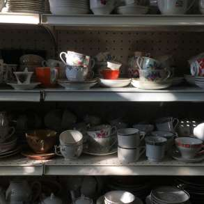Куплю все из дома любую посуду, инструменты ТКАНИ, в г.Ташкент