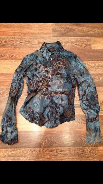 Шелковистая Итальянская рубашка xs