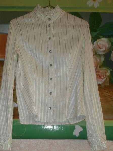 Блузки по 100 руб
