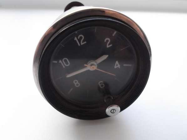 Часы для автомобилей ВАЗ (СССР)