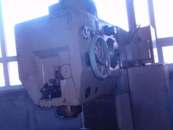 Продам фрезерный станок FSS250x1000/Y