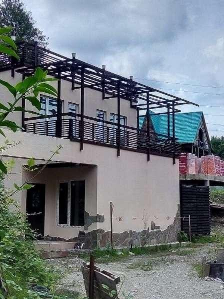 Новый дом с отделкой, недалеко от моря