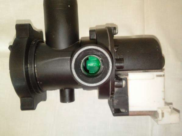 Indesit Plaset Cod. 56835 помпа для стиральной машины в фото 3