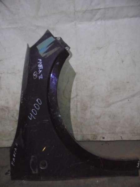 Крыло правое переднее б/у Шкода Фабиа (Skoda Fabia)