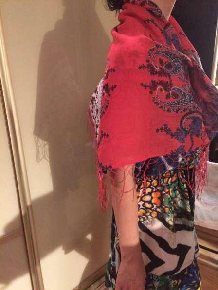 Продам платок (шарф, палантин)