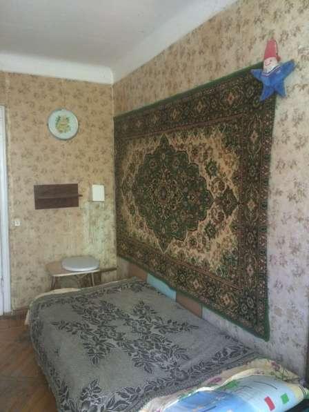 Комната в двухкомнатной квартире напротив сан