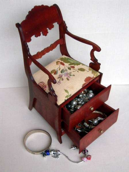 Кресло шкатулка