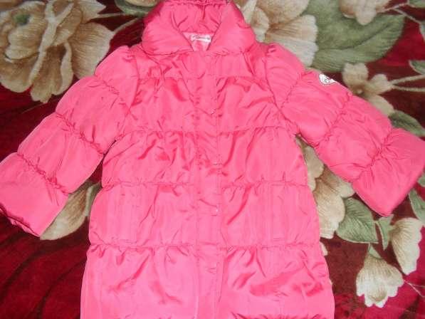 Пальто на девочку 104-110см