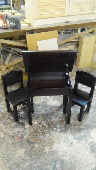 Стол парта и стулья