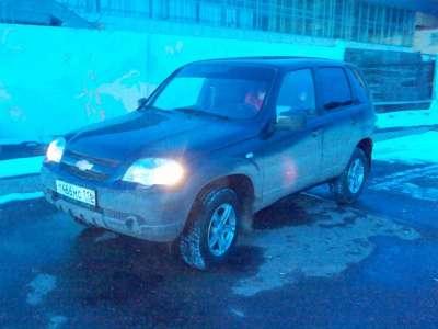 подержанный автомобиль Chevrolet Niva