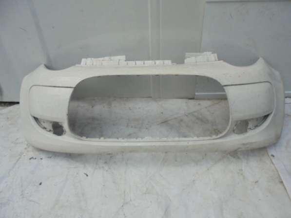 Передний бампер на Citroen C1 2010г