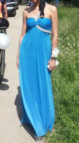 Нарядное платье в пол на выпускной или свадьбу